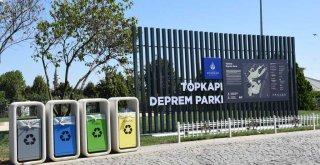 İSTON'DAN DEPREM PARKINA ÖZEL KENT MOBİLYALARI