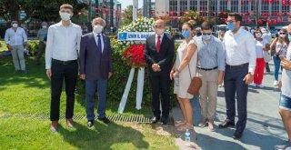 Soyer, CHP İzmir İl Örgütü'nün düzenlediği 30 Ağustos törenine katıldı