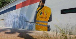 Mersin'in Gri Duvarları Sanatsal İçeriklerle Renkleniyor