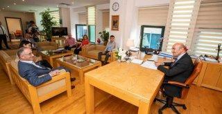 Başkan Soyer Piraziz ve Gülyalı belediye başkanlarıyla bir araya geldi