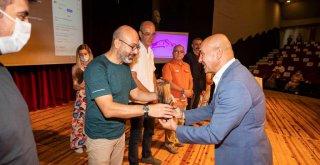 Başkan Soyer Olivelo Fikir Projesi'nin ödül töreninde konuştu
