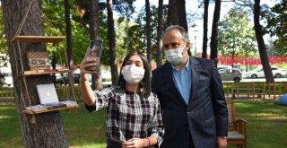 Başkan Aktaş'la açık havada kitap buluşması