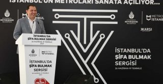 İSTANBUL'UN METROLARINDA SIRA DIŞI BİR SERGİ MEKANI