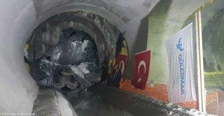 Metro tüneli Narlıdere İstasyonu ile buluştu