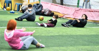 Depremzede çocuklar için spor etkinliği
