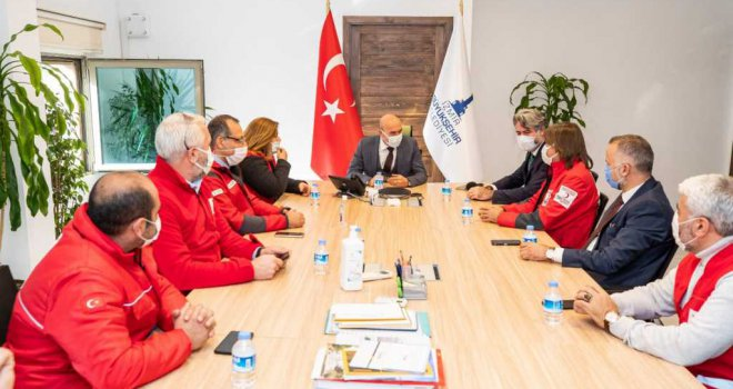 Başkan Tunç Soyer : 'Kızılayımıza sahip çıkacağız'