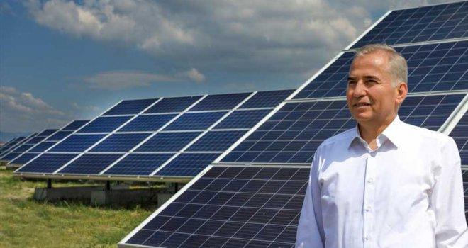 Büyükşehir güneş tarlalarından 2020'de rekor elektrik enerjisi