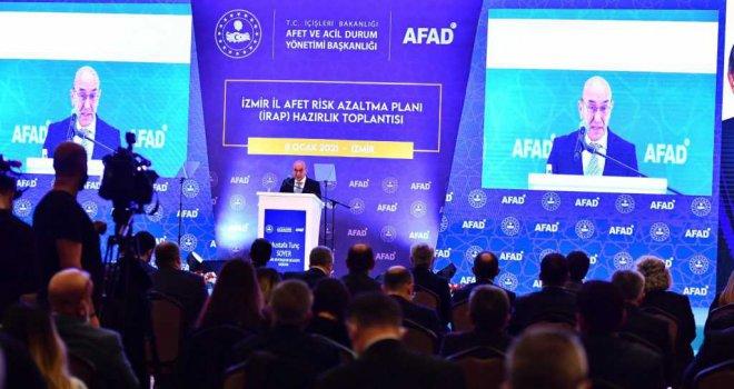 Başkan Soyer deprem öncesi yapılması gereken çalışmaları anlattı