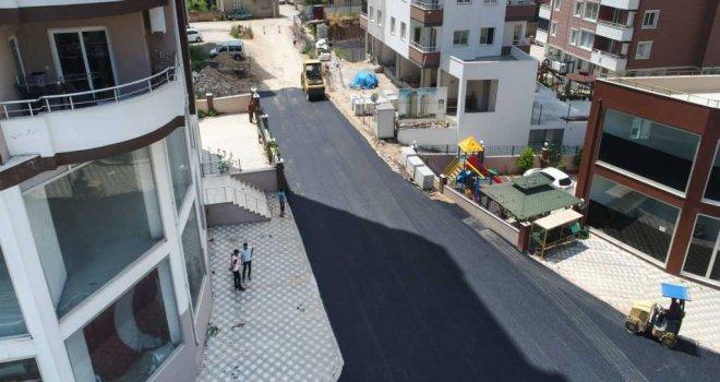 Büyükşehirin asfalt hamlesi devam ediyor