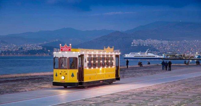 Nostaljik tramvay Çiğdem yeni yıl için süslendi