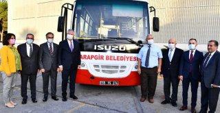 İzmir Büyükşehir Belediyesi 9 ilçeye otobüs hibe etti