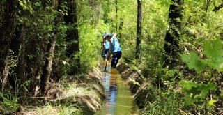 Büyükşehir, Sulama Tesislerinin Tamirat ve Temizliğini Yapıyor