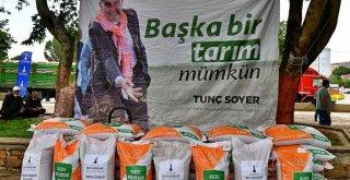 İzmir Büyükşehir Belediyesi Muğla'daki üreticilere omuz veriyor