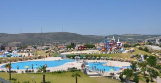 Oasis Aquapark'ta güvenli eğlence