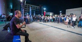Haluk Levent Otizm Yerleşkesi Projesi'nin yüzü oldu