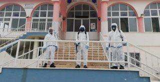 İzmir'de camiler dezenfekte ediliyor